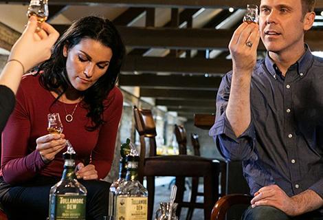 Tullamore DEW Whiskey Distillery- Knitting Tour of Ireland